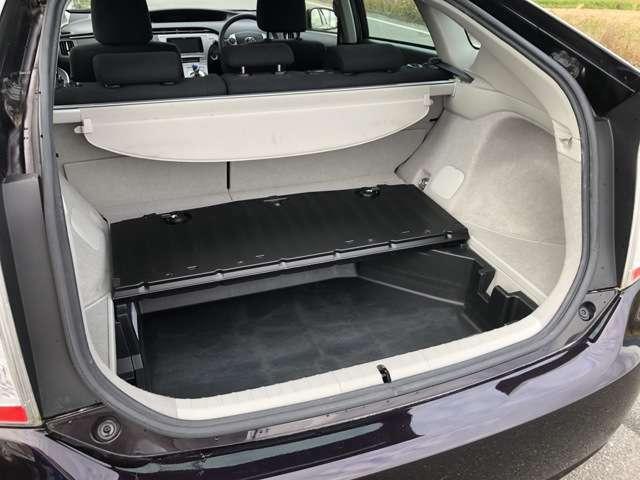 床下収納があるので細かいものや、濡れてしまったお荷物を入れたり、色々な用途で使えます♪