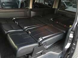 ディーゼルワイドバンでメーカー設定にない、乗用8人乗り3列シートになっております!!人気の仕様!!