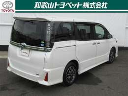 第3者機関「日本自動車査定協会」の車両状態証明書にて情報開示。一台ずつ内外装をチェック。安心のトヨペットU-Car!