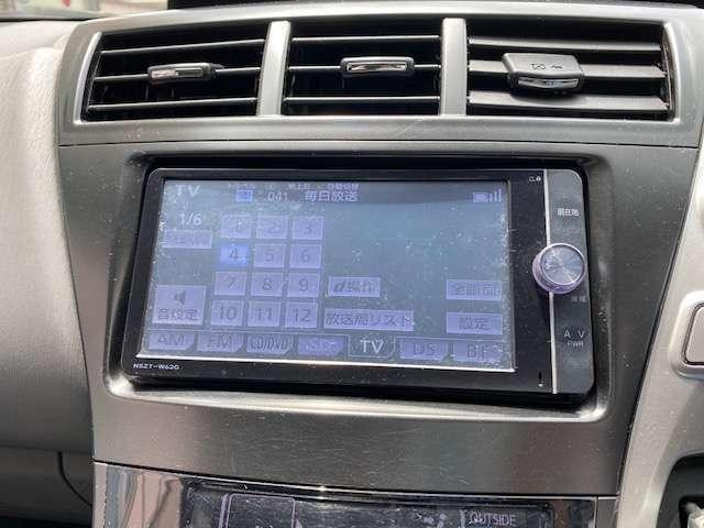 今では必需品の純正HDDナビ♪たくさんの音楽を録音、再生いたします!!地デジ、DVDも見れちゃいます!!Bluetooth接続可能!!安心のバックカメラ付き!!