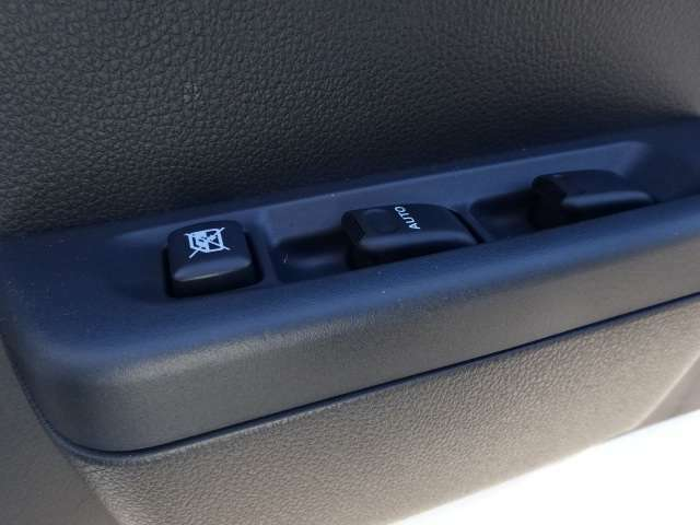 省力パック付きがベース車輛: フル装備(パワステ パワーウィンド 集中ドアロック)、キーレス、