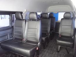 28年式4型グランドキャビン3ナンバー10人乗り2700ガソリン2WD入庫!!新品17インチアルミ、新品シートカバー装着済み!!