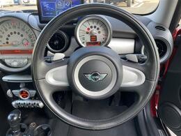 ◆このハンドル握ってドライブに行きたいですね♪