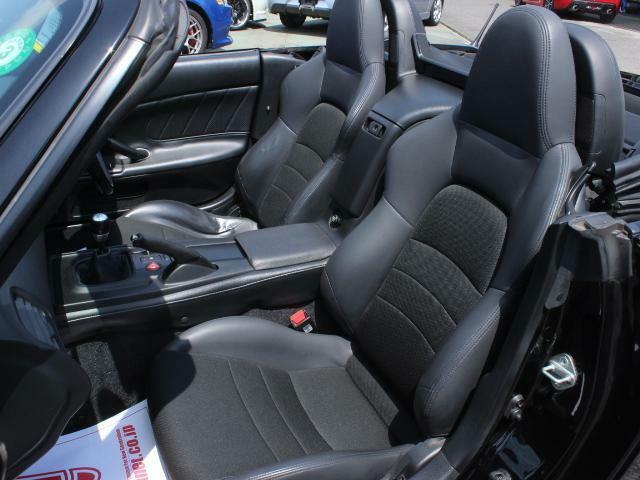 シートもご覧の通り状態良好です!車内気になる匂い御座いません!