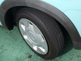 タイヤ溝も残っております!