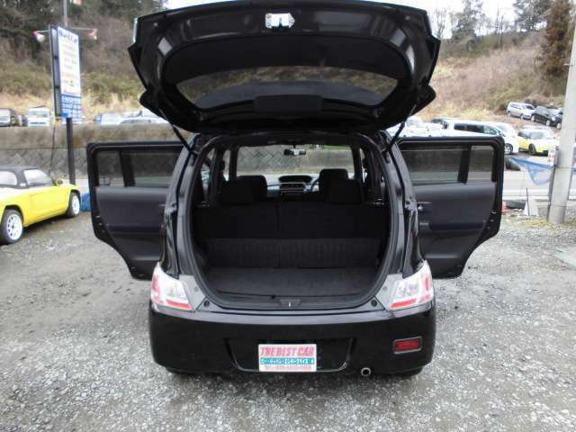 展示場や人件費等徹底したコストカットにより、お求め易い価格を実現しております。注文販売もしていますので、ご希望の車が展示場に無くても、予算に合わせたお車をお探しすることも可能です。
