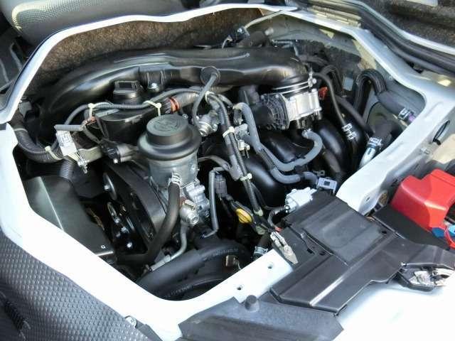2000ccガソリンエンジン(1TR-FEタイミングチェーン式)が搭載されています。