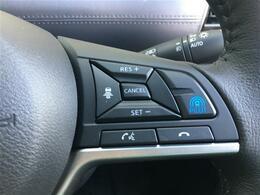 【プロパイロット】高速道路 同一車線運転技術「プロパイロット」は、ドライバーに代わってアクセル、ブレーキ、ステアリングをクルマ側で制御。