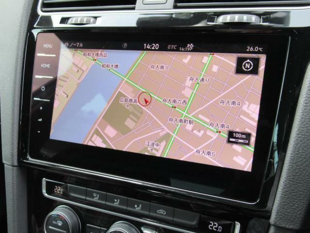 (ジェスチャーコントロール付DISCOVER PRO)スマートフォン感覚で操作が可能でCDSDDVD再生はもちろん、音楽の録音やBLUETOOTHにも対応しています。更に、画面に触れずに曲やチャンネル