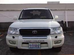 1998年式トヨタ ランドクルーザー100 4.7VXリミテッド Gセレクションとなっております。