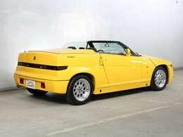 車両の詳細につきましてはこちらをご覧ください。http://garage-italya.co.jp/classiche/