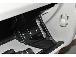ETCも装備!高速道路の料金所もスイスイ通過◆◇ロングドライブの必需品です♪ 高速道路では深夜などの割引もありお得です。