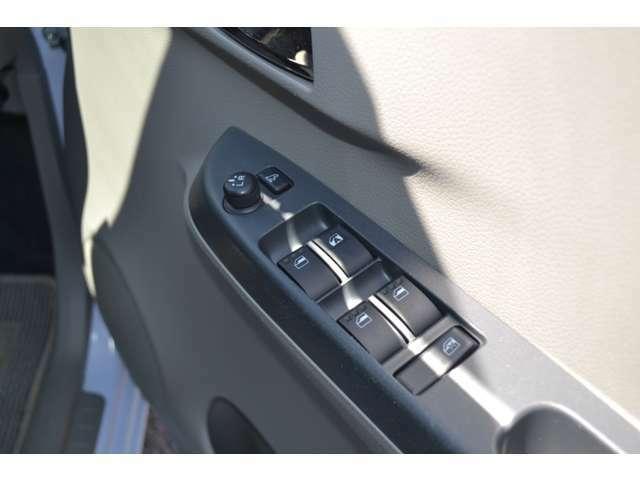 電格ミラー付で運転席からの角度の操作も可能!!