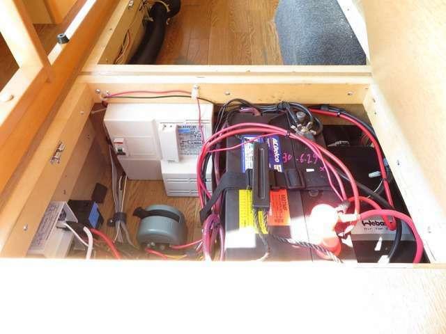 各種パーツ取り付けもお任せ下さい FFヒーター オーニング インバーター 冷蔵庫 サブバッテリー追加等