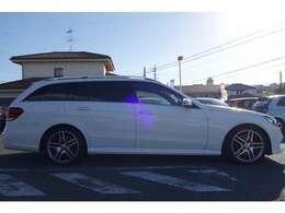 グラマンにエレガントな純白のメルセデスH27年・ E250 ワゴンが入庫しました!