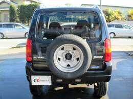 SUVと言えばやっぱり背面タイヤ!