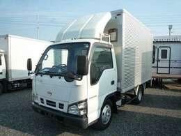 正式名日産アトラス、いすゞエルフのOEM車!積載量2000Kg 内外装、程度良好!車両総重量5445Kg