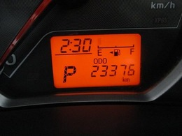 ◆ロングラン保証 『1年間・走行距離無制限』付き◆全国約5,000箇所で保証修理可能。メーカーや年式は問わず、エンジンはもちろん、エアコン・ナビ・オーディオなど、約60項目・5000部品が保証の対象です。
