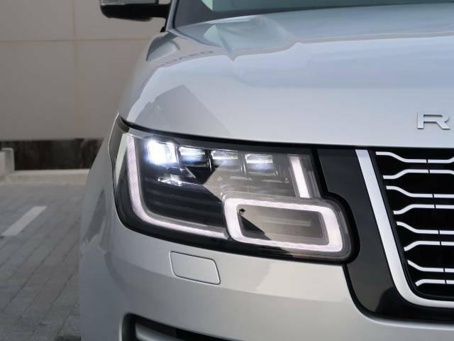 【シグネチャー付ピクセルLEDヘッドライト】マトリックスLEDヘッドライトの約3倍のLEDを採用した、高水準のヘッドライトテクノロジーとアドバンスドラインビームなどの機能を加えたLEDヘッドライト!