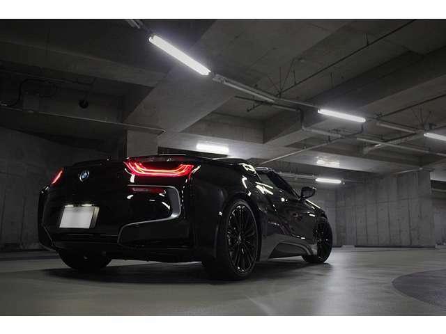 現車は東京都港区に室内保管されております。現車確認、試乗は予約が必要となりますので連絡お待ちしております。