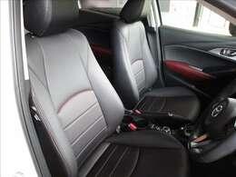 座り心地の良さとサポート性能に優れたフロントシートは運転が楽しくなるCX-3です。