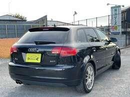 検残:4年/12月まで、(自動車重量税、自賠責保険料など)が支払総額に含まれています。車検整備付