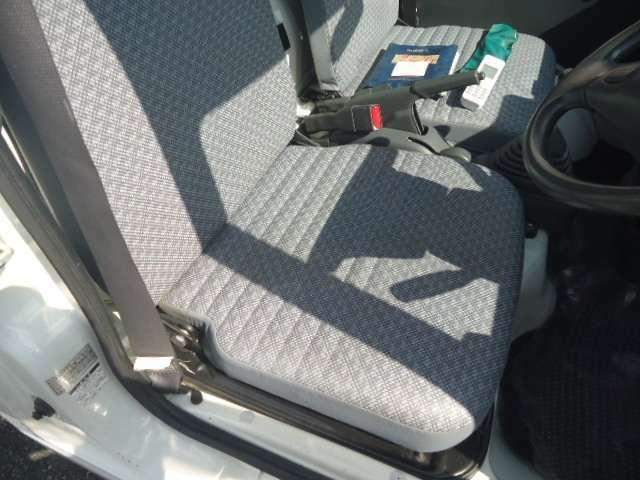 シートの状態もこのようにきれいな状態を保っております。