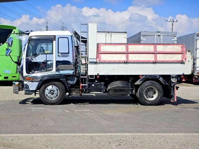 車両総重量7960kg 最大積載量3650kg