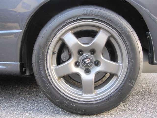 タイヤは交換したばかりです