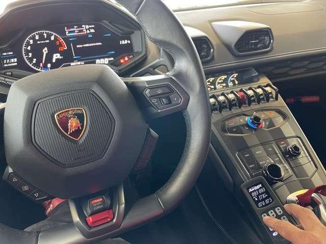 エアサス調整用のリモコンです。走行中も簡単に車高調整が可能です。こちらのリモコンを使ったセッティング例をどうぞ!次のページに続きます☆