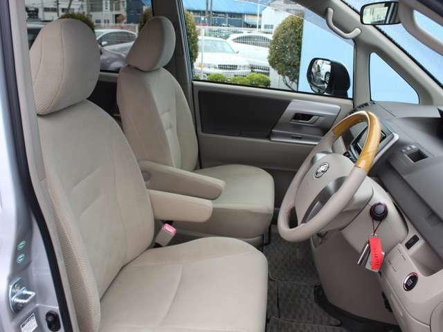 【快適なフロントシート】運転手にとって快適であることは大前提ですよね!