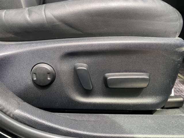 運転席電動シート