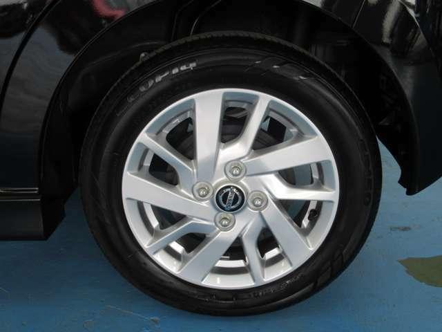 タイヤ155/65R14   アルミホイール