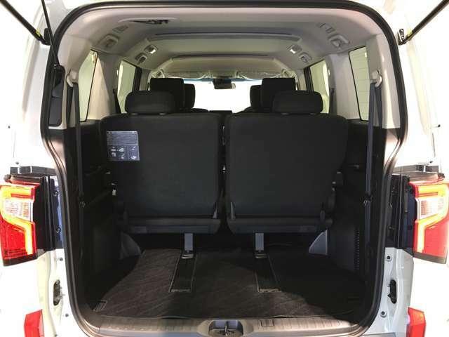 ◆トランク◆フル人数乗車してもしっかり載せられる荷室スペースです!!