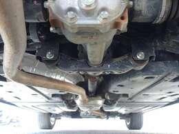 (常時全輪駆動のAWD車です) ボディ下回りも大変綺麗な状態で保たれております。