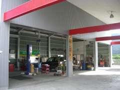 認証整備工場完備で、ご購入後のアフターもご安心ください!!
