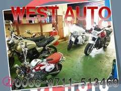 バイクやトライクのお取り扱いも行っております。車だけでなくバイクにご興味のあるお客様のご来店もお待ちいたしております。
