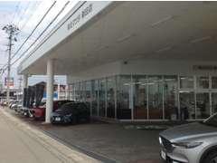 新車・中古車・車両整備・自動車保険は新庄店にお任せください。
