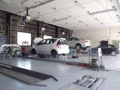 ◆整備工場も併設で、安心のアフターサービスを提供します◆