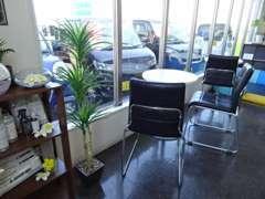 軽自動車からコンパクトカー・RV車・ミニバンまで常時展示中!