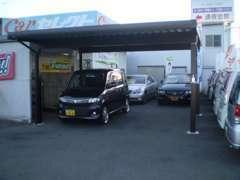 ☆小さなお店ですが、新車・未使用車・中古車販売・一般修理・板金塗装・部品・タイヤ販売とユーティリティーにこなしています☆