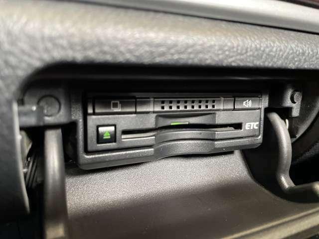 【ビルトインETC車載器】高速走行もスムーズにお支払いが可能!セットアップも当社で可能です♪