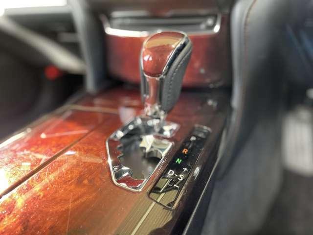 【CVTシフト】シフトも操作しやすく快適なドライブを楽しんでいただけます♪