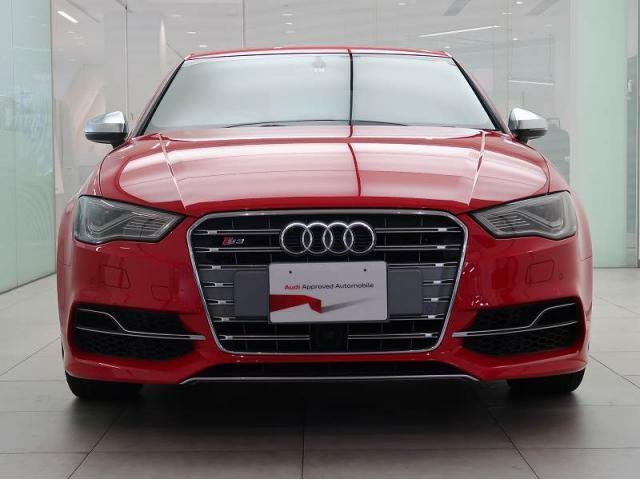 Audi東名川崎『常時150台の認定中古車を展示しております。在庫確認・お見積りのお問い合わせお待ちしております。TEL:044-870-1088