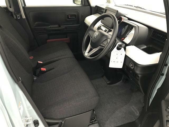 乗る人に合わせてシートポジションを調整することが出来ます!
