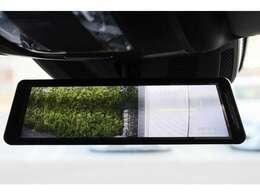 メルセデス・ベンツ純正アクセサリー ドライブレコーダー付きデジタルルームミラー付いております。 新車時約18万円(工賃込)