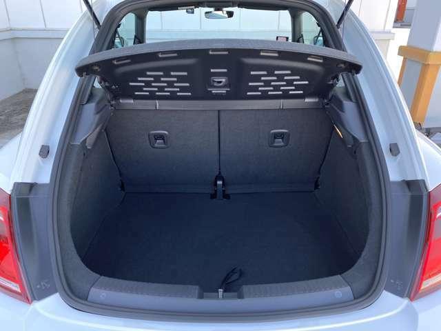 専門業者によるルームクリーニングを行ってからのご納車になります!新たなカーライフの門出をピカピカのお車で迎えて頂けます。TEL:075-931-0602 LINE公式アカウントID:@carjoint