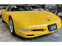C5コルベットは市販乗用車としては最後のリトラクタブル・ヘッドライトを採用しています。
