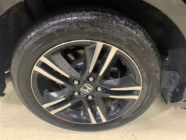 タイヤの残り溝も十分確保されています!