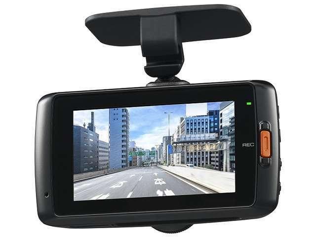 Bプラン画像:映像と音声を記録するドライブレコーダーは、事故の際に確かな証拠能力を発揮します。